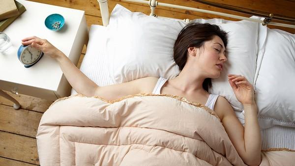 Tại sao tắt chuông đồng hồ đi rồi ngủ nướng sẽ gây hại cho bạn?